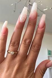 Nude Blush Glitter Nails Moni Nápady Na Nehty Nehty A úprava Nehtů