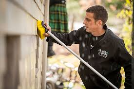 Kelowna Window Cleaning, Gutter Cleaning & Pressure Washing & Men In Kilts House Washing Adamdwight.com