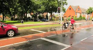 holland cycling traffic rules and