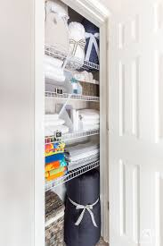 easy linen closet organizing ideas