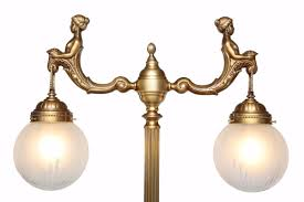 Fortuna Tischlampe