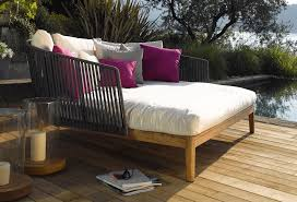 11 awesome wood outdoor daybed ideas