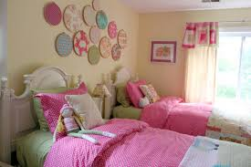 ... Excellent Decorating Ideas For Toddler And Little Girls Bedroom :  Lovely Colorful Hanging Round Shape Ornaments ...