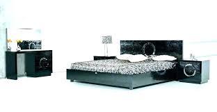 Lacquer bedroom furniture Black Lacquer Black Lacquer Bedroom Furniture King Set For Sale Fur Nsbaco Black Lacquer Bedroom Furniture King Set For Sale Fur Nsbaco
