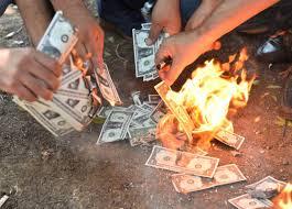 Image result for مردم ترکیه با فروش دلارهای خود