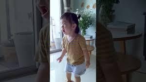 Top 10 bé ăn dặm theo phương pháp tự chỉ huy (BLW) cực dễ thương ở Việt Nam  - YouTube