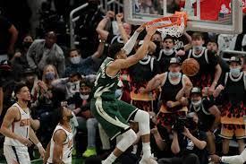 Milwaukee Bucks beat Phoenix Suns in ...