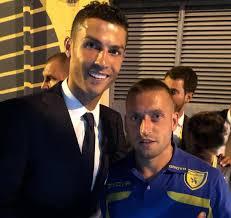 Giaccherini e la FOTO con Cristiano Ronaldo, il calciatore del Chievo  ironizza: