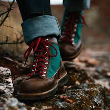Danner Mountain Light Topo Pin On Ruhak