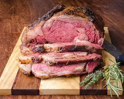 perfect smoked barbecue prime rib roast