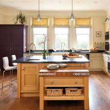 color schemes oak cabinets