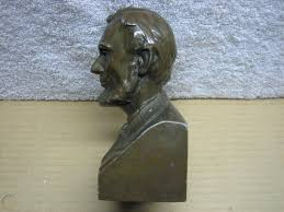 Lincoln national corporation is a fortune 250 american holding company, which operates multiple insurance and investment management businesses through subsidiary companies. The Lincoln National Life Insurance Co Abraham Lincoln Metal Coin Bank Bust 1855424000