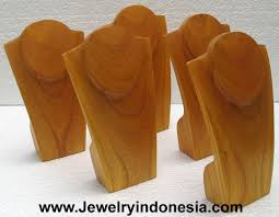 Wooden Necklace Display Stands 100 Best Ideas About Wooden Jewelry Display On Pinterest Jewelry 84