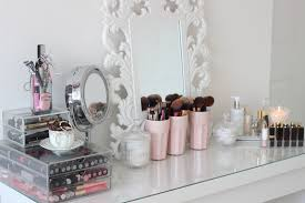 room tour dressing table and make up collection