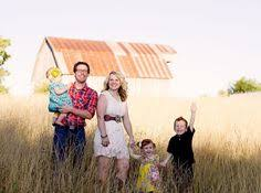 country family photography ideas   Country themed family photo shoot! Love  their outfits!