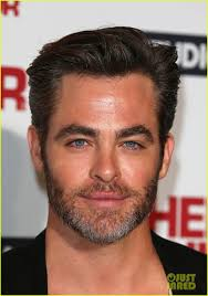 Scruffy Facial Hair Style chris pine shaves his scruffy beard off looks like a new man 3522 by wearticles.com