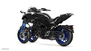 yamaha niken. the engine is mounted to a hybrid chassis, with cast steel head pipe area, tube frame and aluminum swingarm pivot area. yamaha niken
