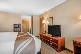 Americas Best Inn And Suites Emporia Quality Inn Suites Emporia Ks Bookingcom