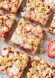 Light Healthy Desserts Healthy Strawberry Oatmeal Bars