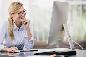 Ochelarii pentru calculator: exact de ce aveți nevoie la locul de muncă