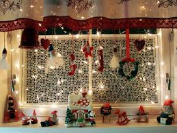 Christmas Decorations For Kitchen Christmas Window Decoration Ideas Homesfeed