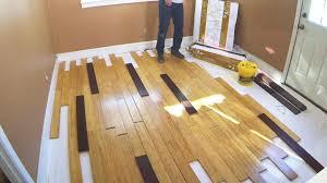 installing bamboo flooring 01 00