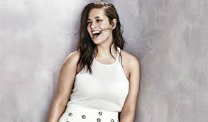 am i plus size plus size model ashley graham writes essay on being healthy at every