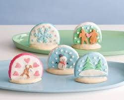 These christmas cookies in a jar are also a fantastic gift idea by No Fuss  Fabulous