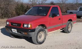 1991 Isuzu pickup truck | Item DD9561 | SOLD! February 7 Veh...
