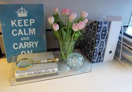 decorate office cubicle. Cubicle Decor: Lucite Tray Decorate Office