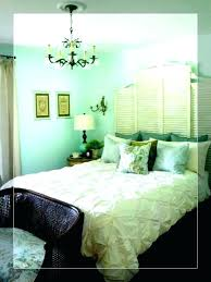 what color curtain goes with green walls sage color curtains goes with green walls medium size of what colors go wall grommet curtain color for green walls