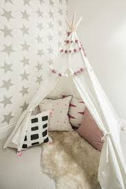 white fur rug wallpaper. london gray wallpaper with themed ceiling- kids scandinavian and fur rug white