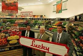 Lucky Return Save Mart Gambles On Revival Of Storied Name The