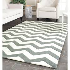 ... Interesting Accessories For Home Interior Decoration With Grey Chevron  Rug : Fabulous Living Room Decoration Using ...