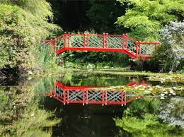 Japanese Style Garden Bridges Japanese Gardens Ornamental Trees