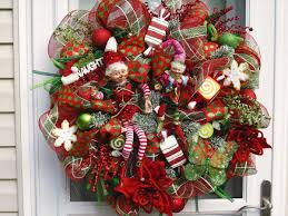 Winsome Front Door Christmas Wreath Ideas Showing Surprising