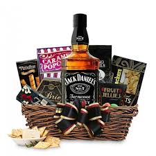 7 black label tennessee whiskey gift basket