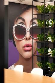 rackspace office morgan lovell. Giant Face Print Behind A Living Wall Rackspace Office Morgan Lovell