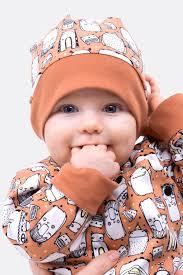 Der stoff geht über die ohren und kann für kleinere kinder unter dem kinn mit einem bändchen verknotet werden. Gratis Schnittmuster Fur Die Einfache Kindermutze Zum Wenden Pattydoo