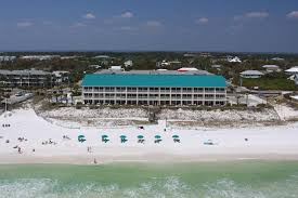 a bird s eye view of crystal sands iniums by wyndham vacation als