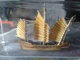 picture of ship in a bottle chinese junk