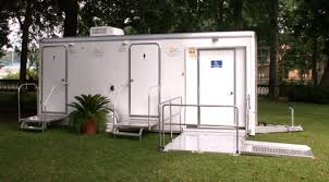 Mobile Bathroom Wonderful  Images About Luxury Portable - Luxury portable bathrooms