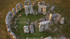 Find out about the history of stonehenge in this bbc bitesize ks2 history guide. Stonehenge Mysteries What We Really Know Culture Arts Music And Lifestyle Reporting From Germany Dw 01 09 2020