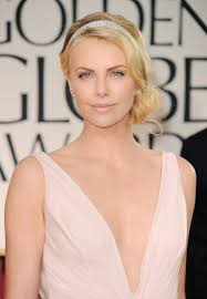 Charlize Theron Short Hair Style short hair african lady styles charlize theron 03 best haircut style 5564 by wearticles.com