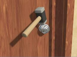 How To Open A Locked Bedroom Door Without A Key \r\n23