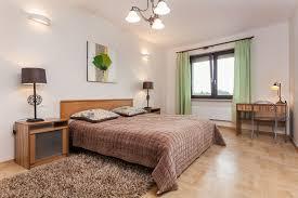 Next Bedroom Freshly Renovated Two Bedroom Apartmanet With Underground Garage