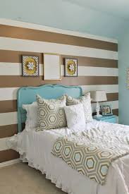 Shabby chic meets glam in this cute teens room. Gold and Turquoise ...