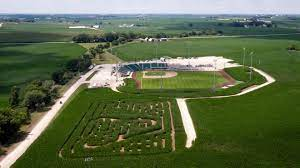 The corn field was the setting for the 1989 movie field of dreams. the movie's main character, ray kinsella (played by kevin costner), hears voices in the corn field that tell him to build a. Q5dg5rlzfgzuhm