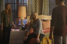 the gifted l r amy acker natalie alyn lind and stephen moyer in the memento of the gifted airing tuesday jan 8 9 00 10 00 pm et pt on fox
