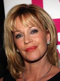 um hairstyles for women over 40 with fine hair straight bangs with straight layers